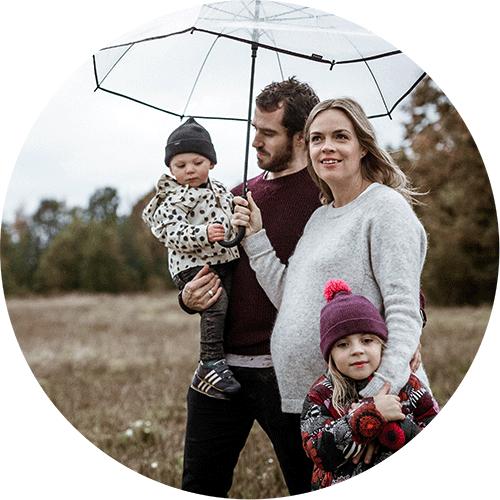 Perhekuvaus ulkona talvella - SIru Danielsson Photography, Helsinki